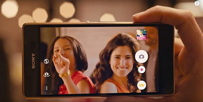 top-3-smartphone-chuyen-gia-selfie-thich-hop-lam-qua-tang-8-3-duchuymobile-2