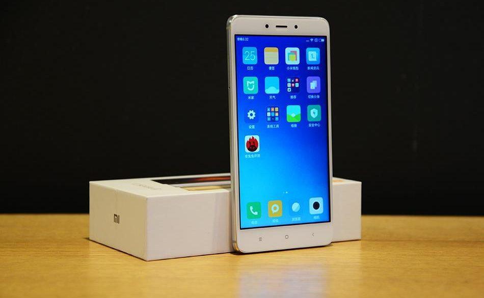 top-3-smartphone-ram-3gb-pin-khung-gia-duoi-4-trieu-dong-duchuymobile-3