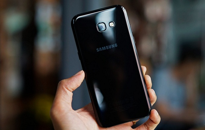 Trên tay Samsung Galaxy A5 2017