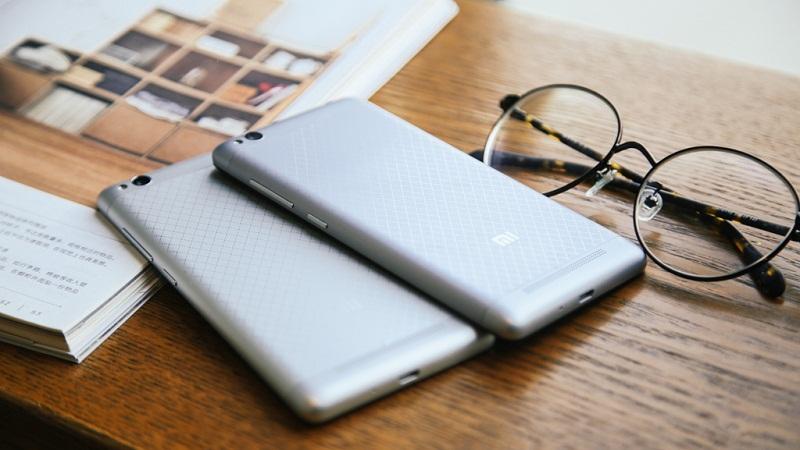 Mặt sau Xiaomi Redmi 3