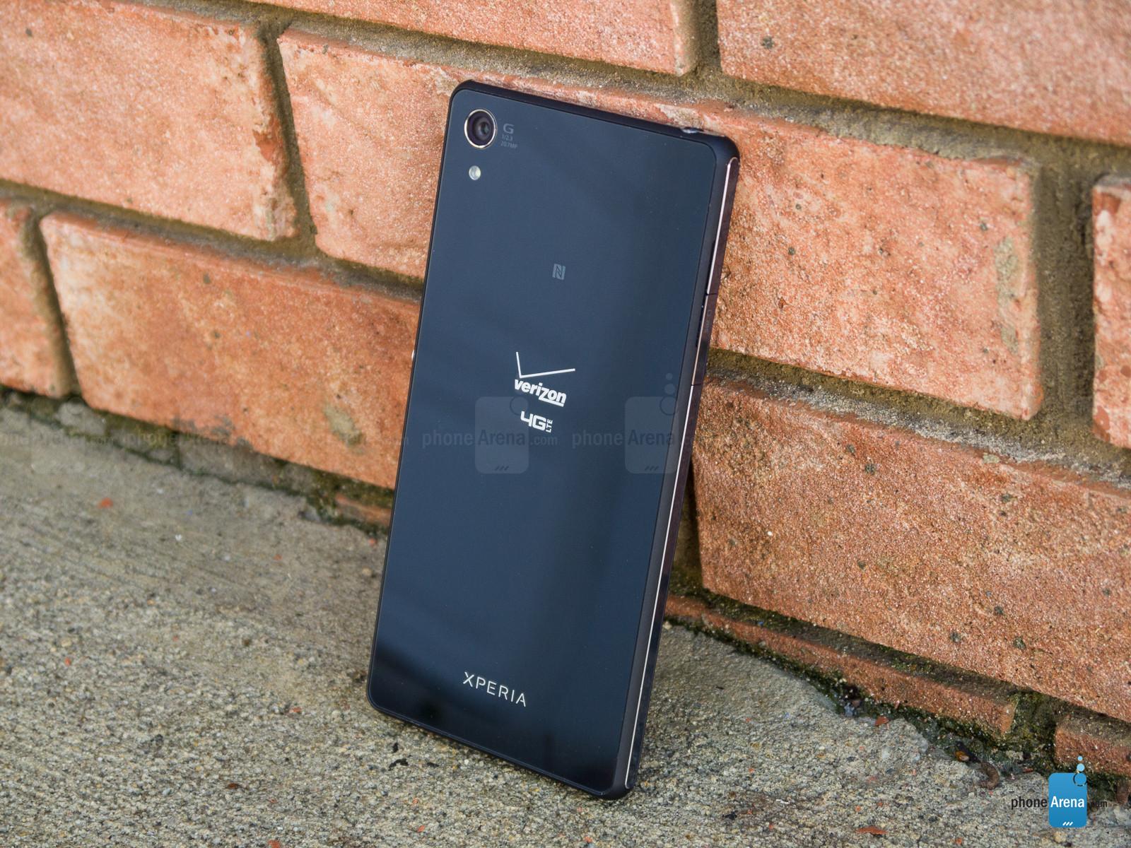 mặt sau Sony Xperia Z3v
