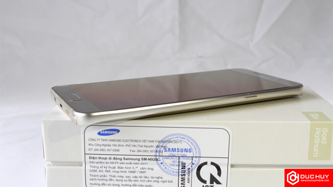 Canh-phai-Samsung-Galaxy-Note-5-Cong-Ty-Duchuymobile