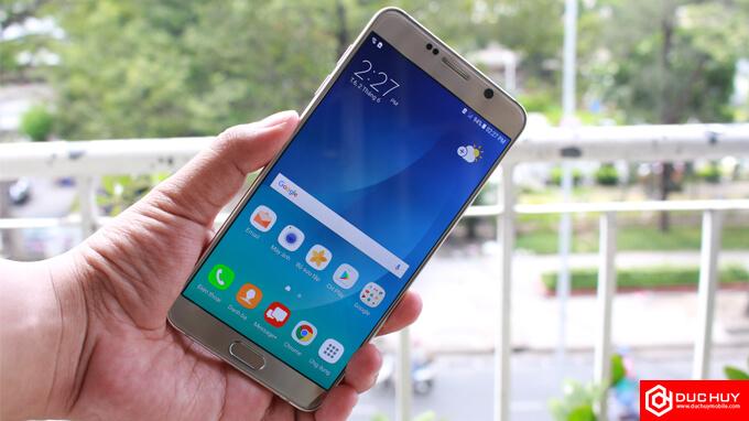 Dien-thoai-Samsung-Galaxy-Note-5-Cong-Ty-Duchuymobile