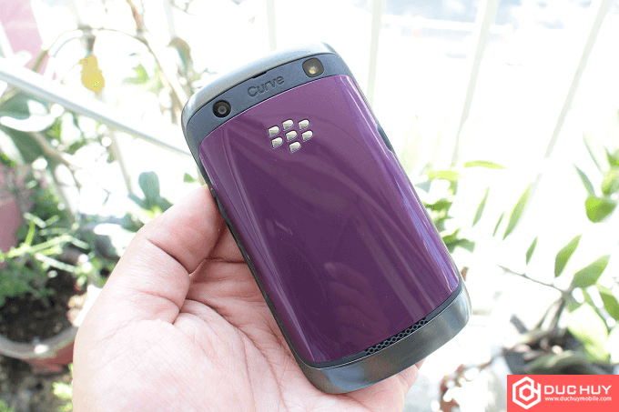 Mat-lung-BlackBerry-Curve-9360-Duchuymobile