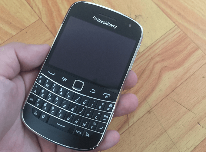blackberry-9900-bold-moi-100-duchuymobile