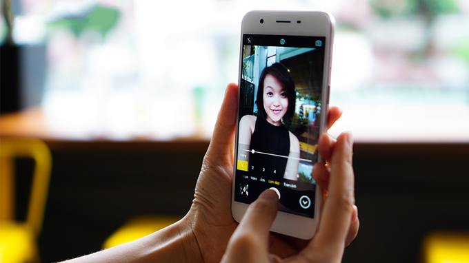 camera-truoc-selfie-samsung-galaxy-j5-prime-duchuymobile