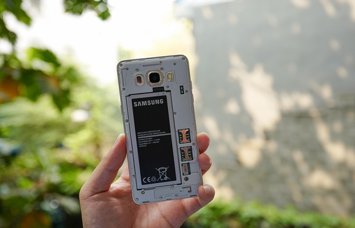 mua smartphone Samsung Galaxy