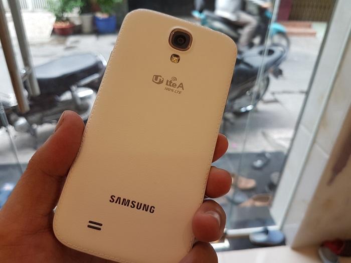 Camera sau Samsung Galaxy S4 Hàn Quốc