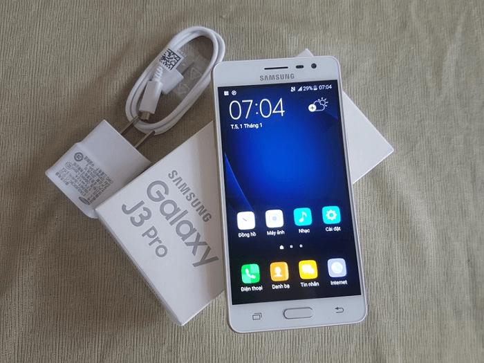 Samsung Galaxy J3 Pro và Galaxy J5 2016 giá rẻ về VN - 142498