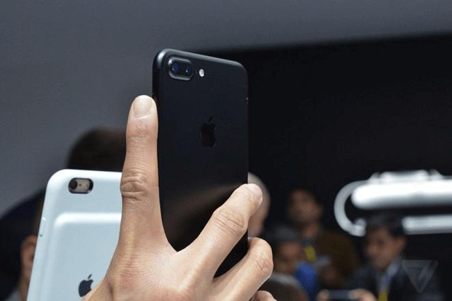Video trên tay nhanh iPhone 7 và iPhone 7 Plus