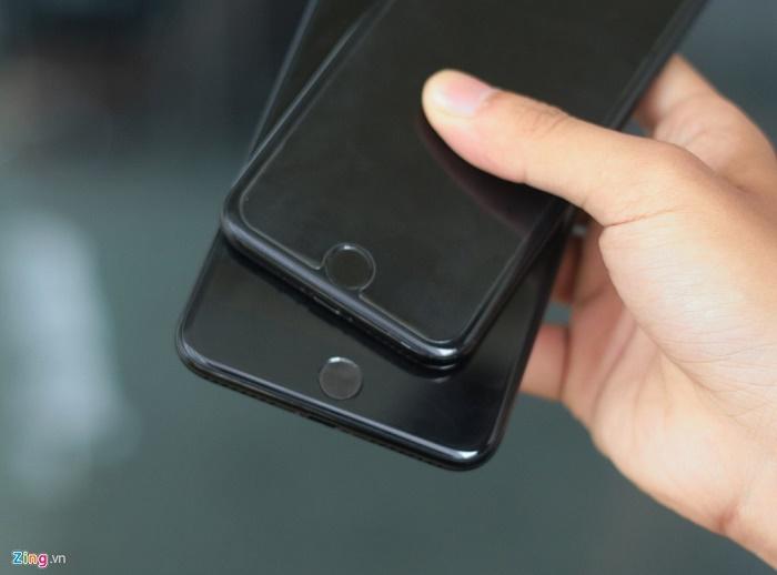 home-iphone-7-va-iphone-7-plus