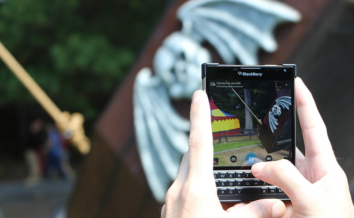 Quay Blackberry Passport