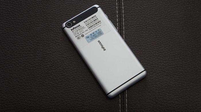 top-3-smartphone-cau-hinh-tot-dang-mua-nhat-1
