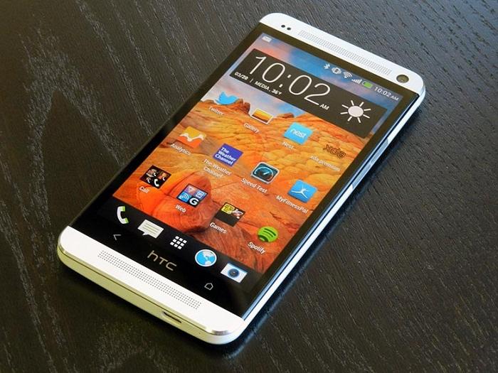 HTC One M7 giá về tầm 2 triệu có sức hút khá lớn