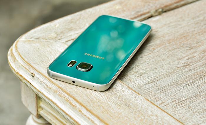 Samsung Galaxy S6 Edge xanh ngọc lục bảo 7