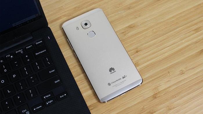 Mặt sau Huawei G9 Plus