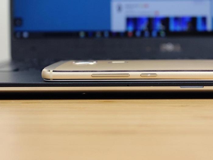 Cạnh trái Huawei G9 Plus