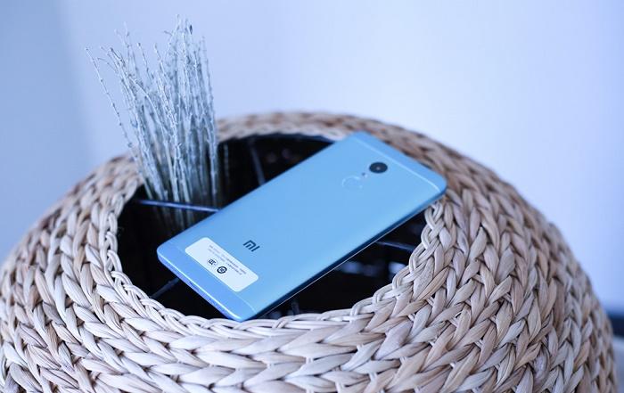 top-3-smartphone-xiaomi-gia-3-trieu-duchuymobilecom-5