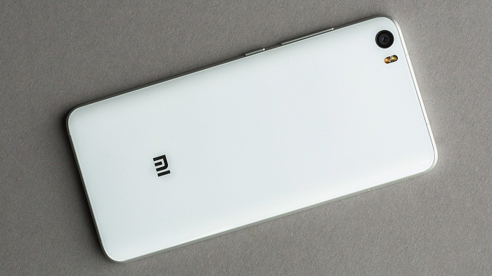 Meizu Pro 6 đọ sức Xiaomi Mi 5 3