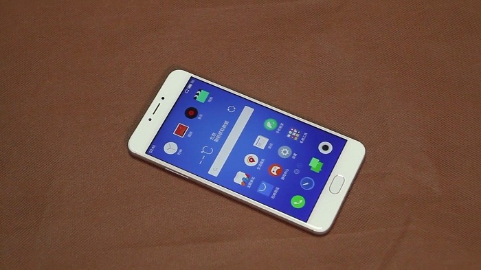 Top 4 smartphone pin khủng 5