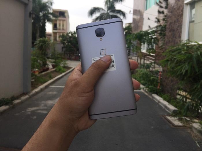 top-4-smartphone-sang-chanh-cho-nguoi-co-thu-nhap-tren-8-trieu-1