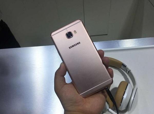 Top smartphone cấu hình khủng 3