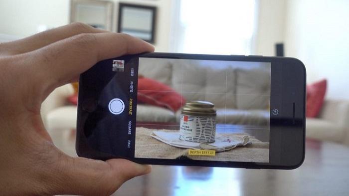 Kiểm tra các tính năng cơ bản như camera, pin iPhone 7 Lock