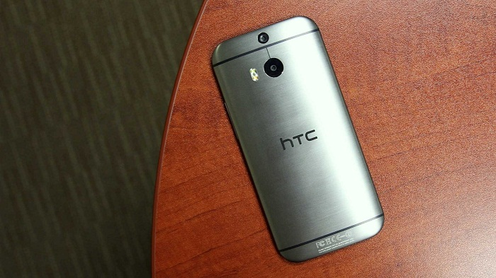 thiết kế HTC One M8