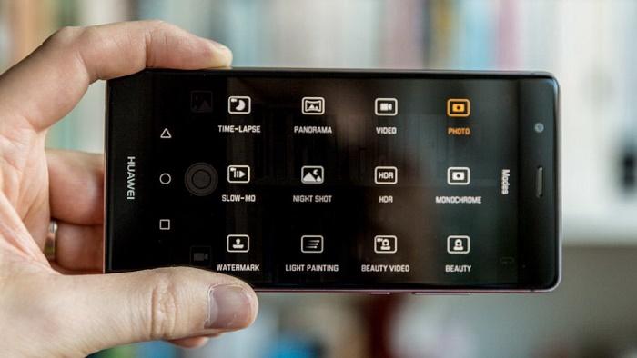 Cấu hình Huawei P10 lộ diện màn hình cong 2K, RAM 4GB, Kirin 960 - 155859