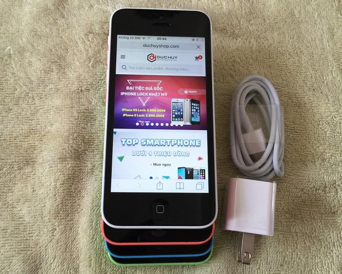 iphone-5c-khuay-dong-thi-truong-voi-gia-1-8-trieu-dong