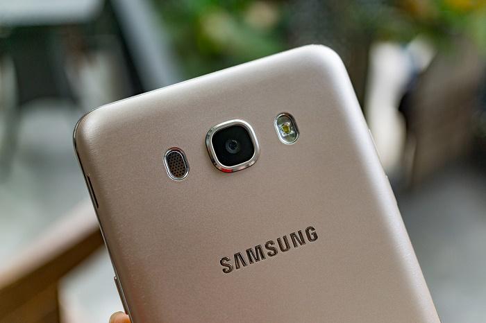 mua Samsung Galaxy J7 2016 ở đâu