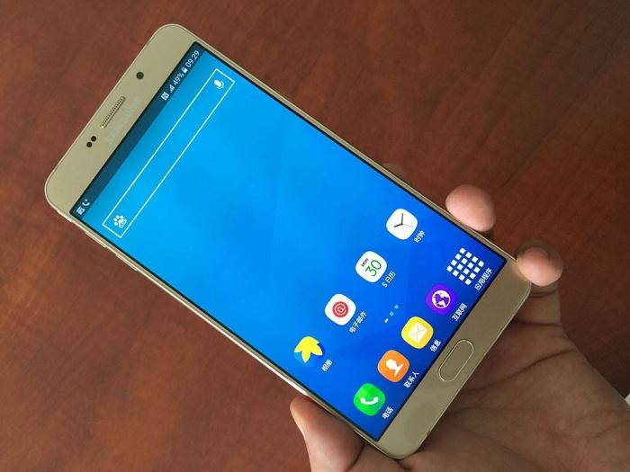 Đập hộp Samsung Galaxy A9 Pro 8