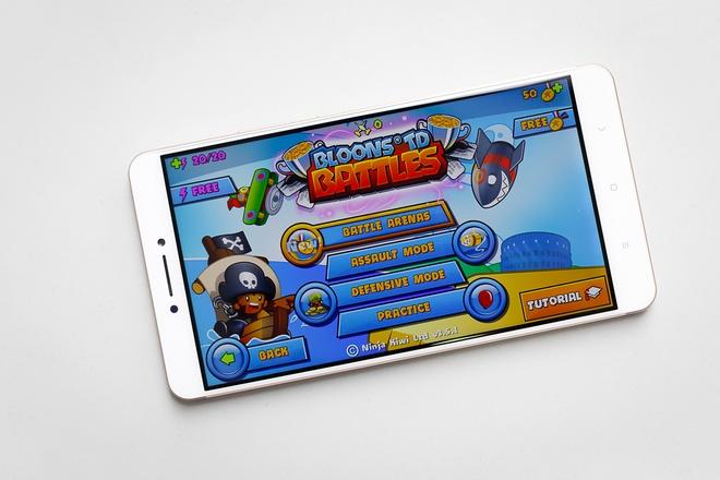 Chơi game Xiaomi Mi Max