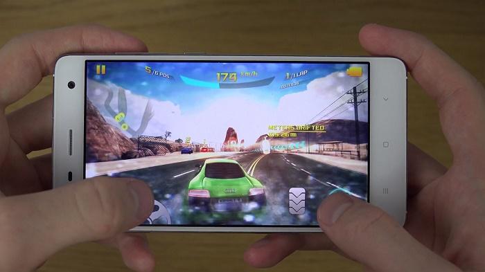 Chơi game Xiaomi Mi 4
