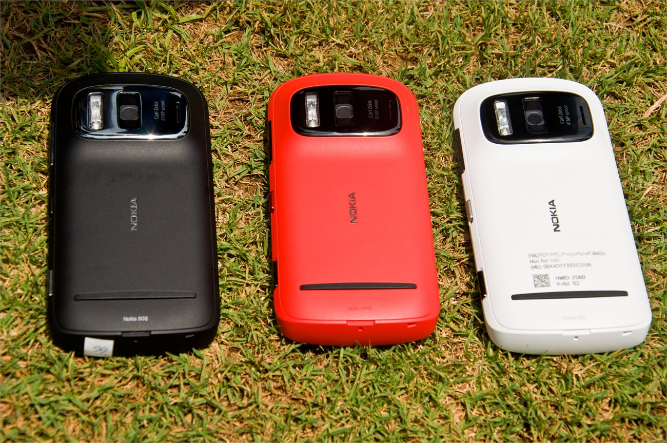 12-chiec-smartphone-luu-danh-thien-co-9