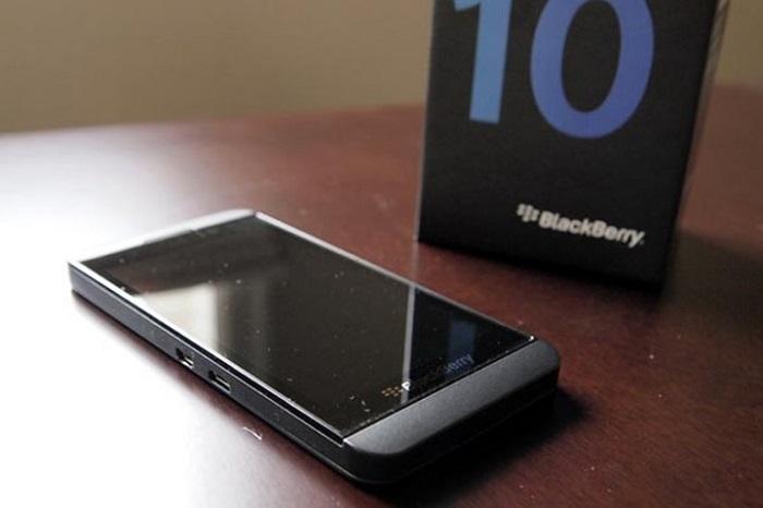 Giá Blackberry Z10
