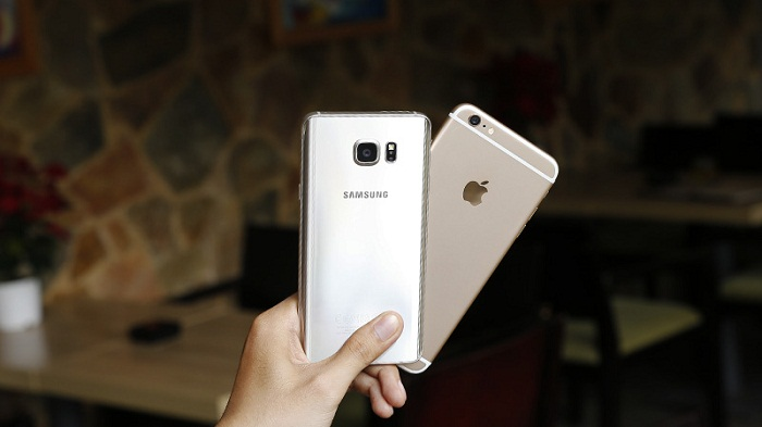 mua-samsung-galaxy-note-5-vs-iphone-6-plus-lock