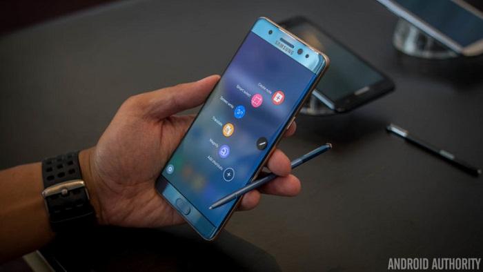 trên tay Samsung Galaxy Note 7