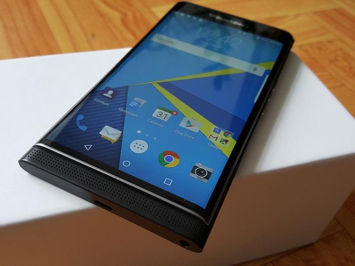 home-blackberry-priv