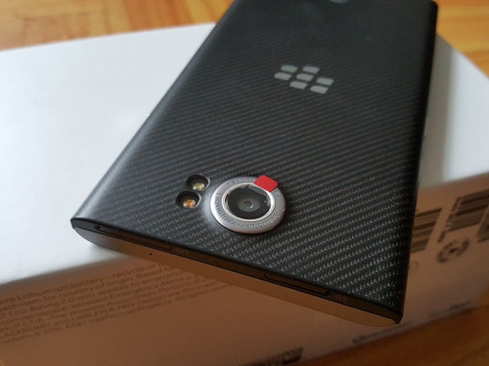 camera-sau-blackberry-priv