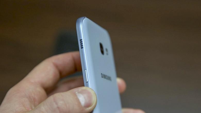 Cạnh phải Samsung Galaxy A3 2017