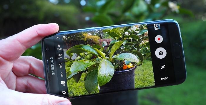 4-smartphone-co-camera-tot-nhat-hien-nay-duchuymobilecom-4