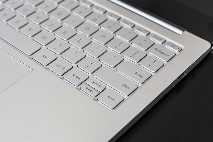 Xiaomi Mi Notebook Air pin