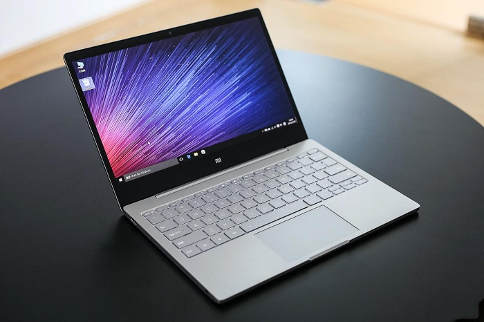 Xiaomi Mi Notebook Air mở hộp 7