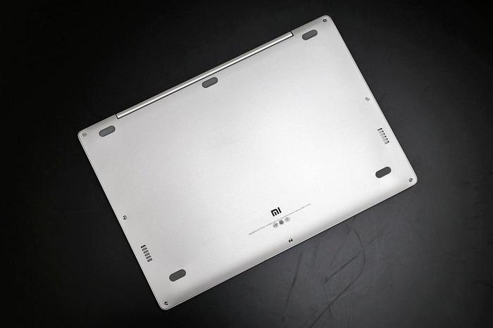 Xiaomi Mi Notebook Air mở hộp 5