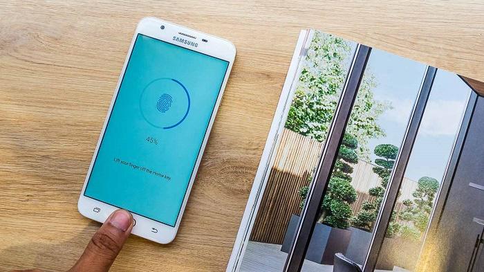 Vân tay Samsung Galaxy J7 Prime