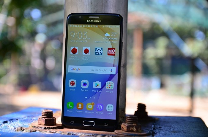 Giá Samsung Galaxy J7 Prime