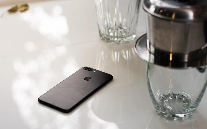 mua iPhone 7 Plus Lock