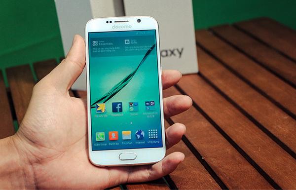 Giá bán Samsung Galaxy S6 Docomo