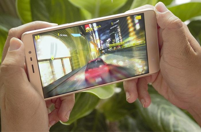 Smartphone màn hình to 3